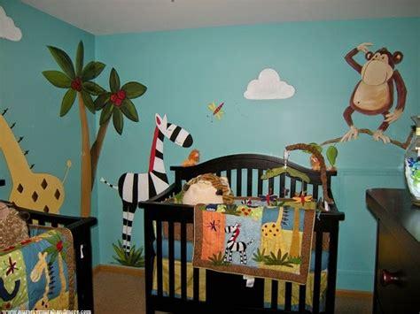 deco chambre jungle idée déco chambre bébé jungle bébé et décoration