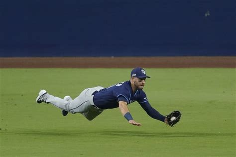For the Rays it is simple - Win tonight against the Astros ...