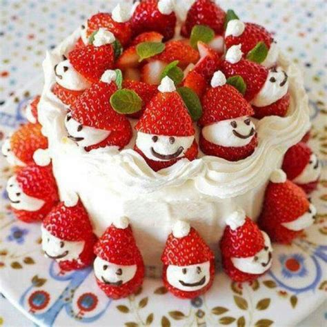 strawberry santa cake christmas ideas pinterest hats