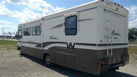 winnebago adventurer  class   iowa ia