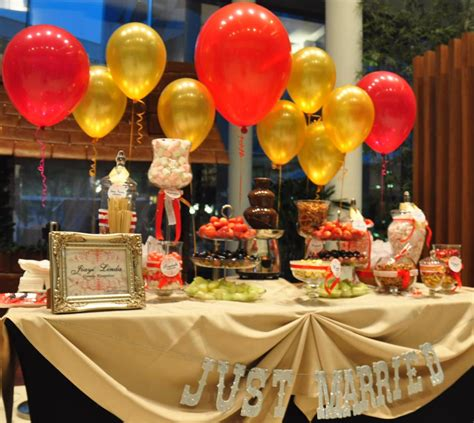 Wedding Buffet Ideas Using Balloons For Buffet Table