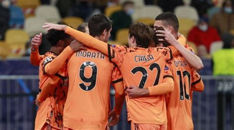 Champions League: Juventus top Dynamo, Chelsea held 0-0 by ...