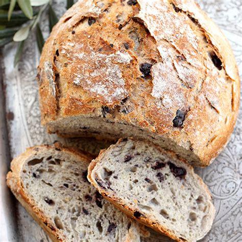 Bukë me ullinj - Receta + Fotografi | Kuzhina Shqiptare