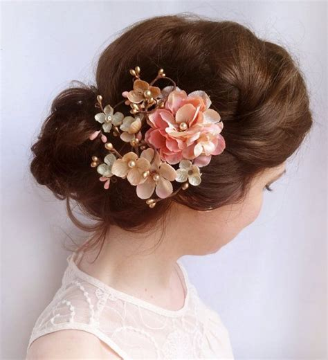 adorable floral hair pieces  brides sortashion