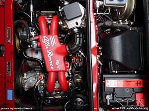 Alfa Romeo 33 Engine