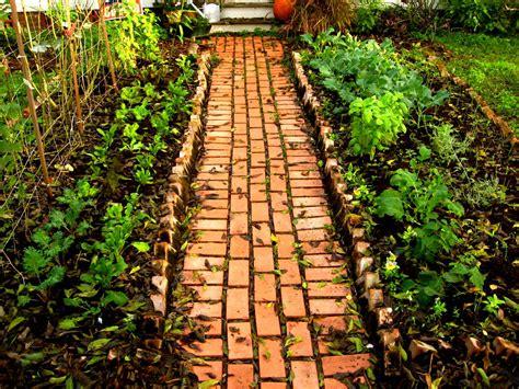 brick pathways landscaping garden creative inexpensive garden path ideas brick garden path ideas decozt garden design and