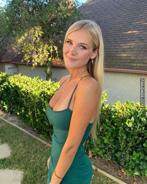 Hot girls with perfect boobs