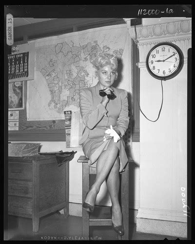 Calisphere: Barbara Payton in court to file for divorce