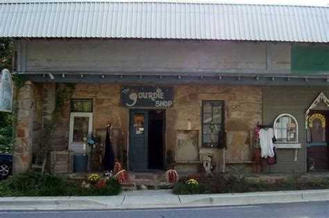 top 5 places to visit in mentone check out mentone things