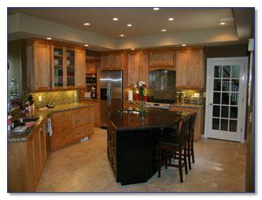two different granite colors in kitchen 17 best images about design contrasting island 9502