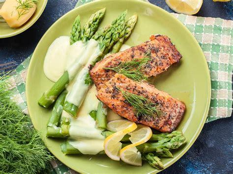 baked salmon  asparagus recipe  nutrition eat