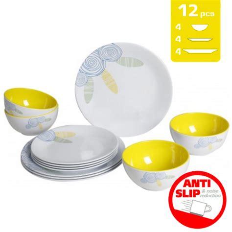 vaisselle en melamine danger lot de vaisselle m 233 lamine brunner summer sun 12pcs cing car