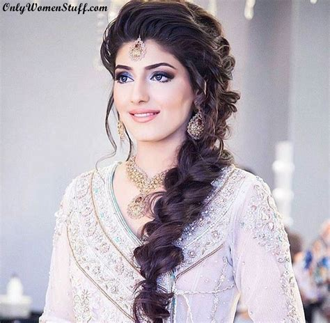37  Beautiful Hairstyle for Saree   Indian Traditional