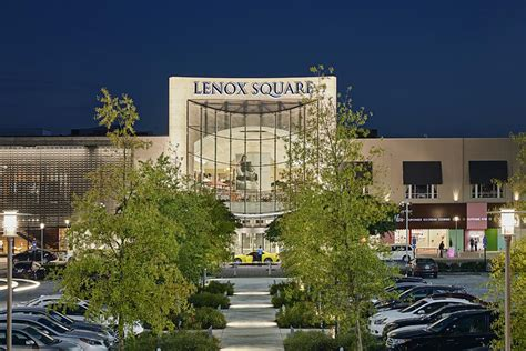 Lenox Square To Create Food Hall-Feel With Peachtree Pint ...