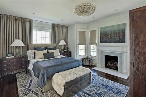 Bedroom Decorating Ideas Bed Window by Placing The Bed In Front Of A Window A Decorating Faux