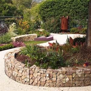 creer un massif jardin sureleve et rond en gabion 20 With wonderful idee de massif de jardin 0 le potager