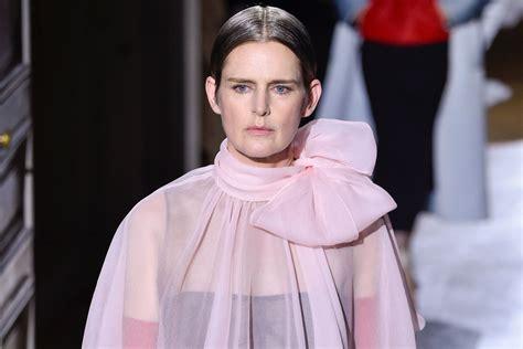 Modelja britanike, Stella Tennant ndërron jetë papritur në ...