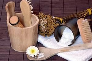 Sauna Peeling Selber Machen : anwendung und nutzen die wirkung eines k rperpeelings auf ~ A.2002-acura-tl-radio.info Haus und Dekorationen