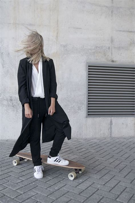 Girls Sweatpants Outfits - 20 Chic Ways to Wear Sweatpants