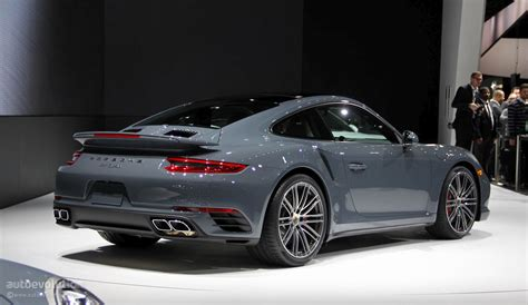 2017 Porsche 911 Luxury Cars