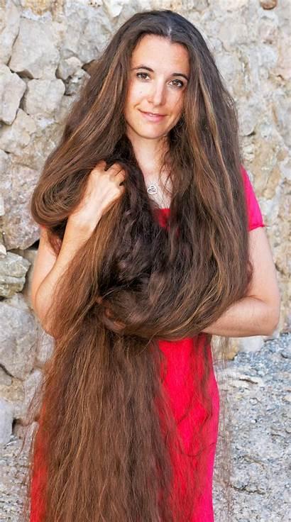 Hair Marianne Ernst
