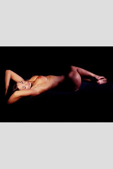 Classic Reclining Female Nude: Fine Art Nude Photography.