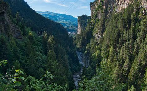 mala schlucht hinterrhein wildnis wandernde