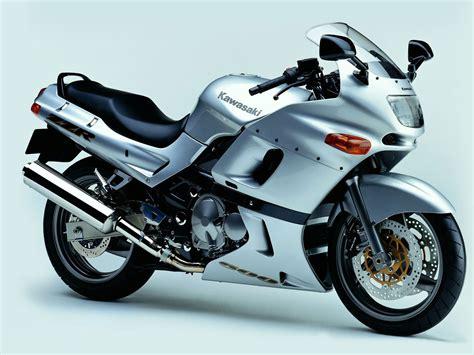 Kawasaki Zzr by Kawasaki Zzr600 Review And Photos
