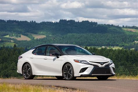 2018 Toyota Camry Rolls Into Dealers This Summer From