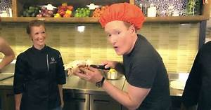 Conan visits Taco Bell HQ to make the most disgusting taco ...