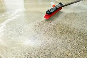 Farbe Von Beton Entfernen : zement flecken entfernen wohn design ~ Kayakingforconservation.com Haus und Dekorationen