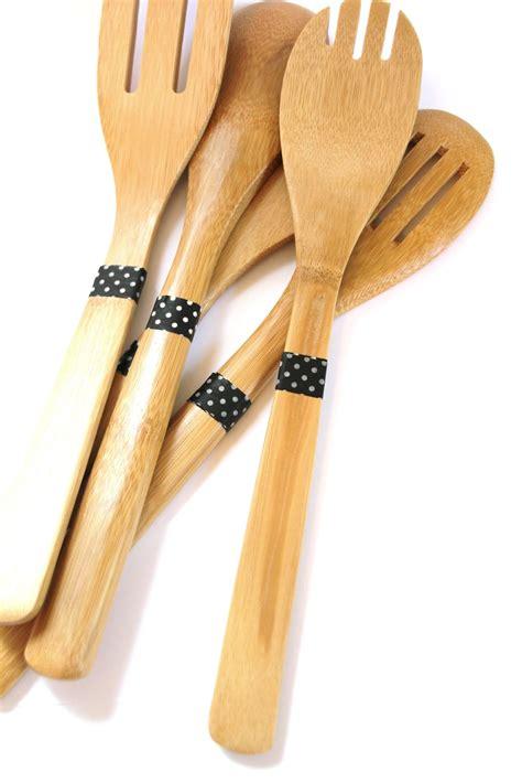 lovely  life diy dipped wooden utensils