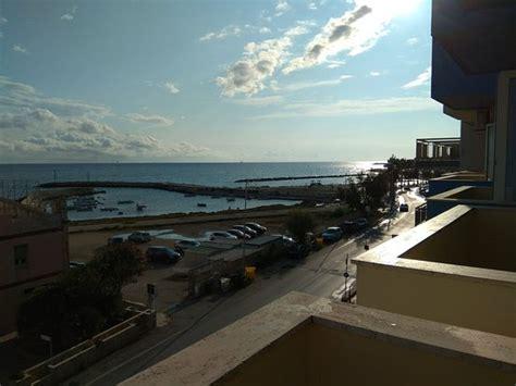 hotel gabbiano mola di bari hotel gabbiano mola di bari itali 235 foto s reviews en