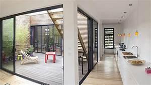 Une Maison De R U00eave En Bois Ouverte Sur L U2019ext U00e9rieur