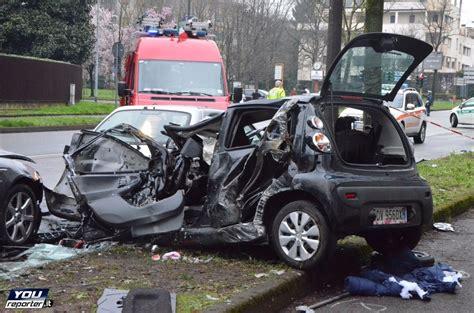 si e auto monza sul luogo grave incidente a monza le auto distrutte