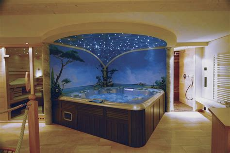 een wellness plekje  huis een jacuzzi sauna en