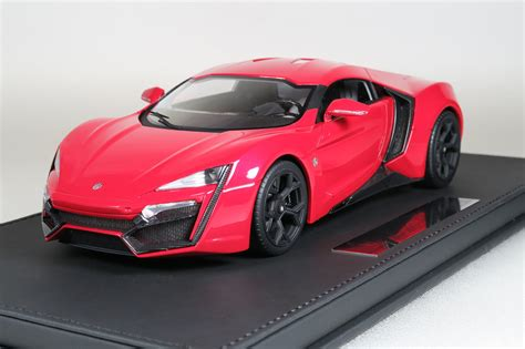 Top Marques Collectibles Lykan Hypersport, 1:18 red | TOP30AS