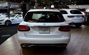 Mercedes Familiale : mercedes benz classe c familiale au salon de l 39 auto de montr al 2016 galerie photo 4 32 le ~ Gottalentnigeria.com Avis de Voitures