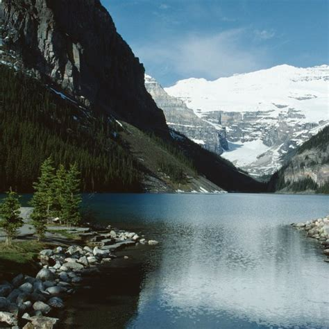 swimming lakes canada lake louise banff national park getty usa visitors offers cool april