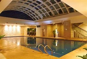 Photos of elite fitness xuan dieu tnh hanoi vietnam for Indoor pool with retractable roof