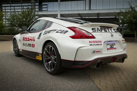 Nissan Car : 2015 Nissan 370z Nismo Is The Official Safety Car At