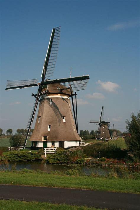 Ветряная энергетика . возобновляемая энергия и ресурсы