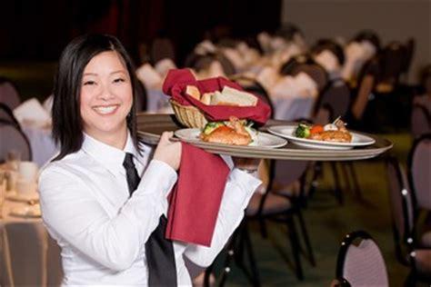 serveuses chef de rang filles pour restaurant marrakech travail au maroc maroc recrutement