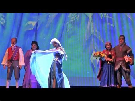 frozen stage show projection effects     finale  disneyland  elsa anna