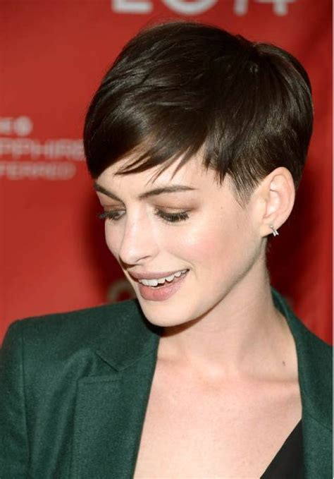 50 Best Short Hairstyles for Fine Hair Women's   Fave