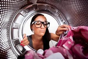 Waschmaschine Riecht Muffig : w schetrockner und trockene w sche stinken und riechen muffig ~ Frokenaadalensverden.com Haus und Dekorationen