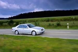 Mercedes W210 Fiche Technique : fiche technique mercedes benz classe e ii w210 200k avantgarde optimum ba l 39 ~ Medecine-chirurgie-esthetiques.com Avis de Voitures