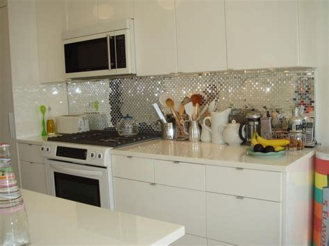 cheap kitchen backsplash ideas  housekeeper