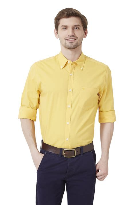 Top 10 Fashionable Yellow Shirts for Men and Women