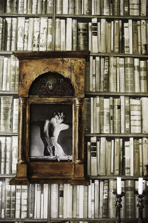 Bookshelf Wallpaper Gives An Instant Library Feel